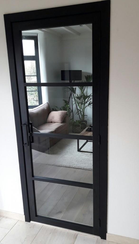 Steel Look deur 4 glasverdelingen